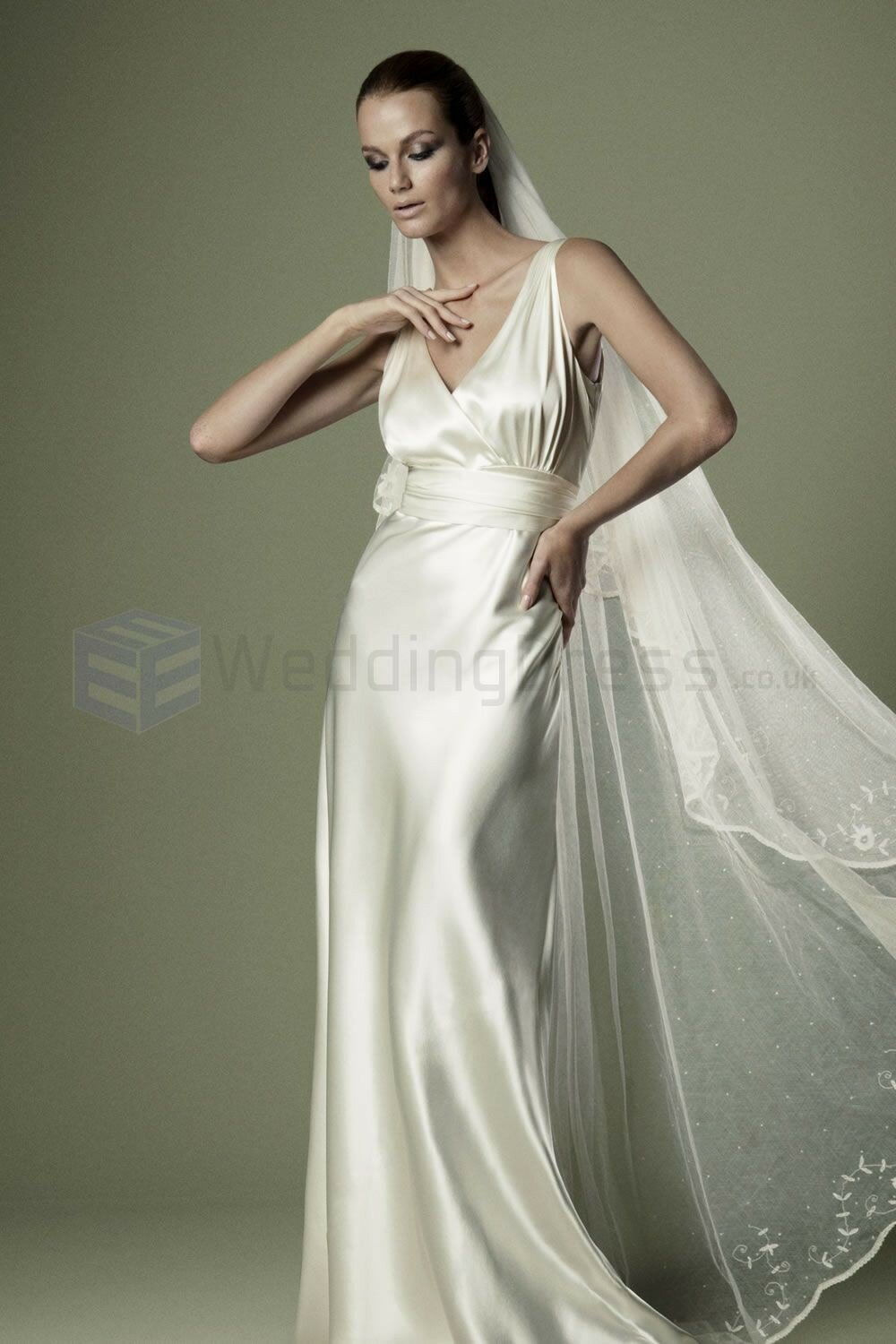1930s style wedding dresses: Pictures ideas, Guide to buying ...