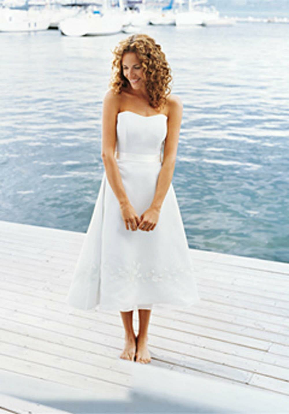 Casual beach wedding dresses Photo - 4