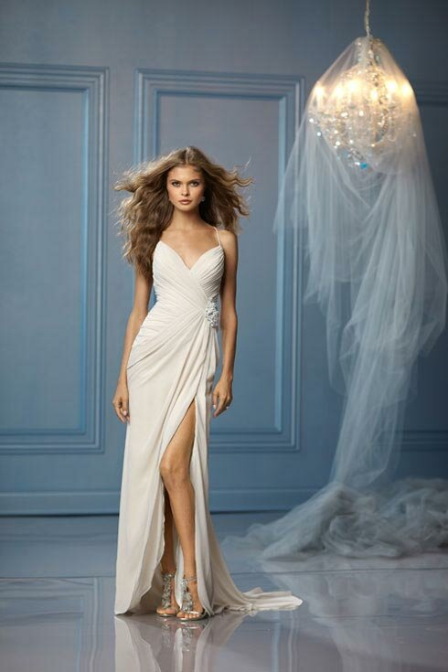 Casual beach wedding dresses Photo - 5