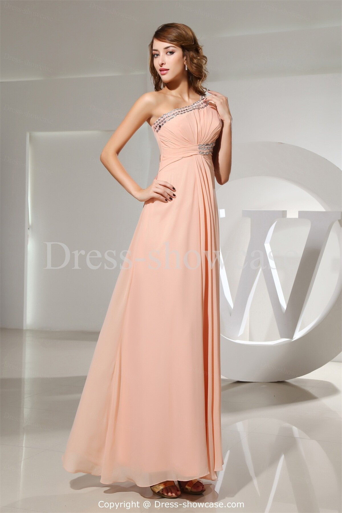Dazzling and elegant light pink wedding dress