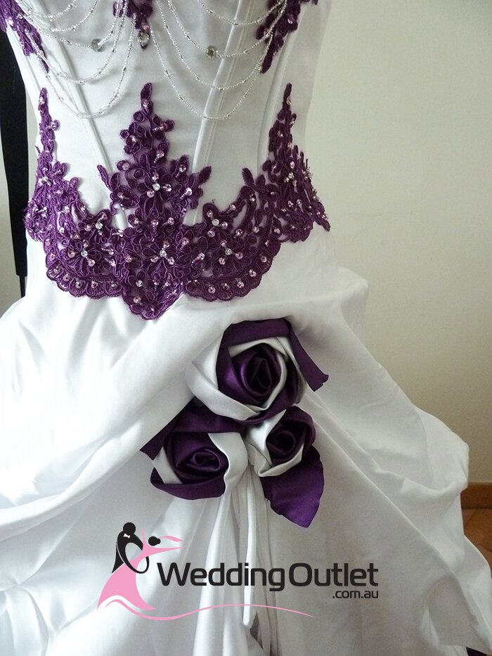 Purple and white wedding dresses Photo - 4