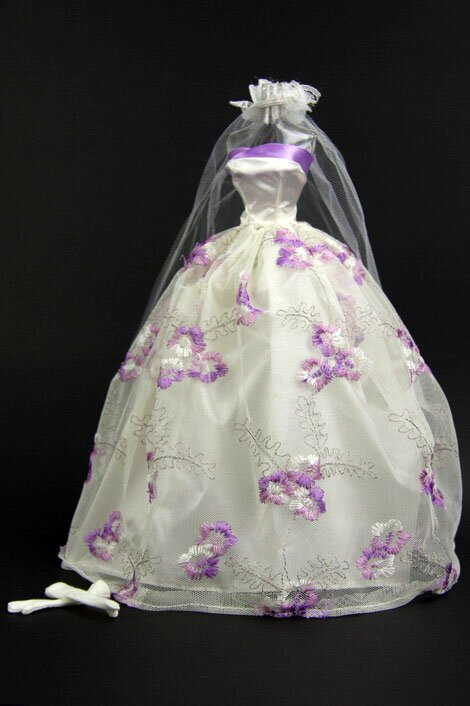 Purple and white wedding dresses Photo - 5