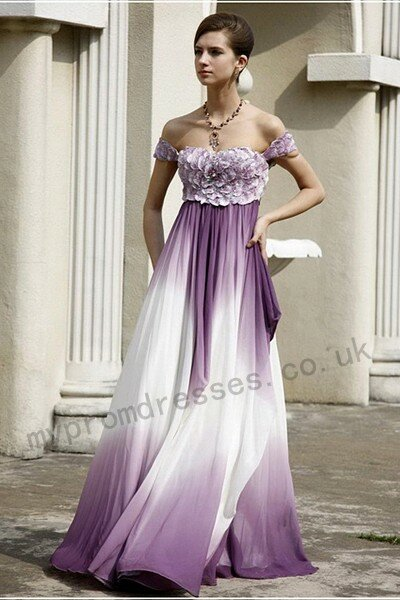 Purple and white wedding dresses Photo - 6