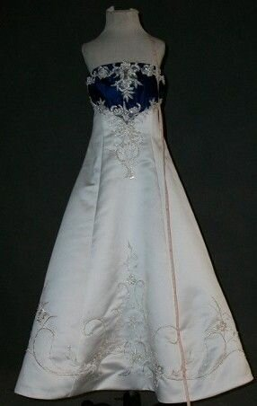 Royal blue wedding dresses Photo - 12