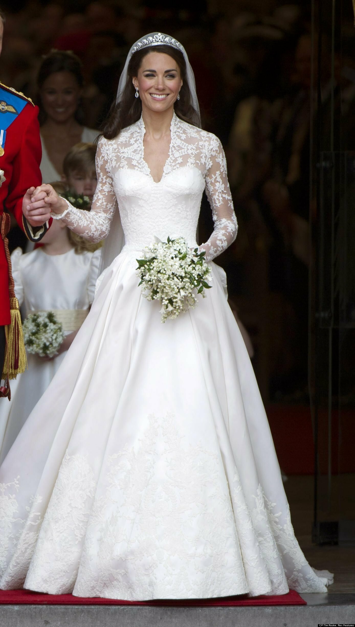 Royal wedding dresses Photo - 12