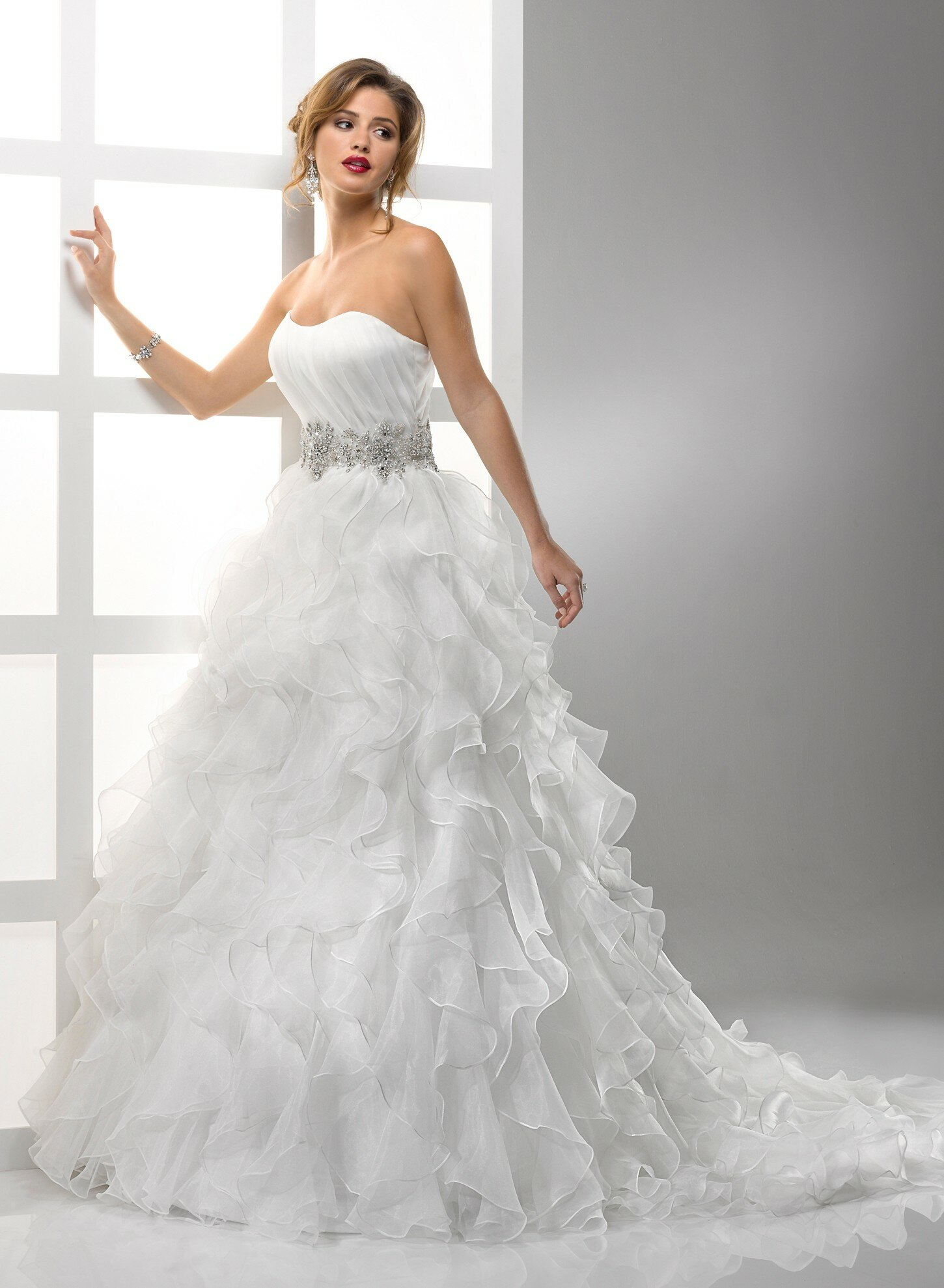 A line organza wedding dresses pictures ideas guide to for Organza a line wedding dress