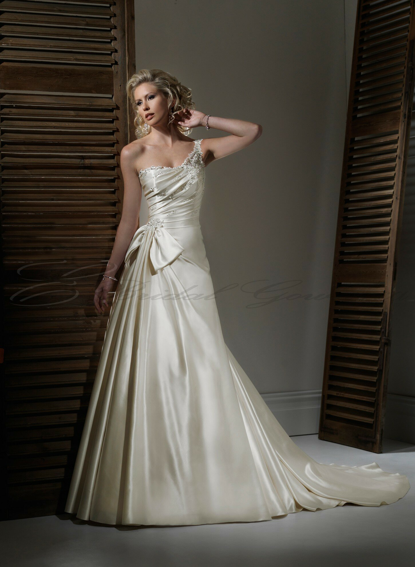 A line satin wedding dresses Photo - 2