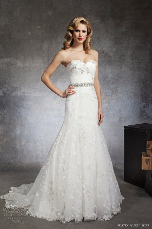 A line short wedding dresses Photo - 10