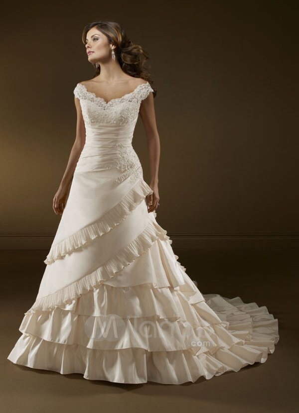 A line short wedding dresses Photo - 3
