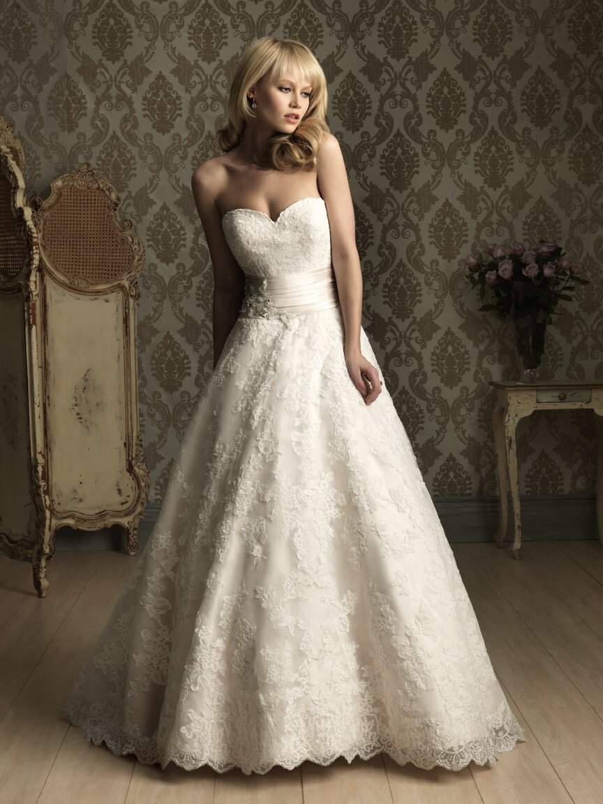 A line style wedding dresses Photo - 9