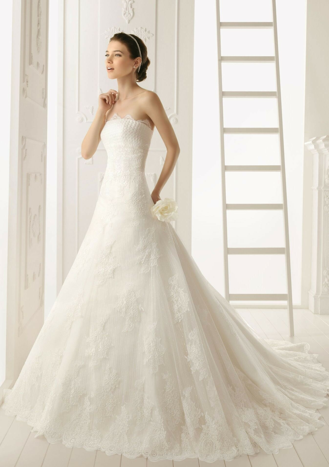 A line style wedding dresses Photo - 5