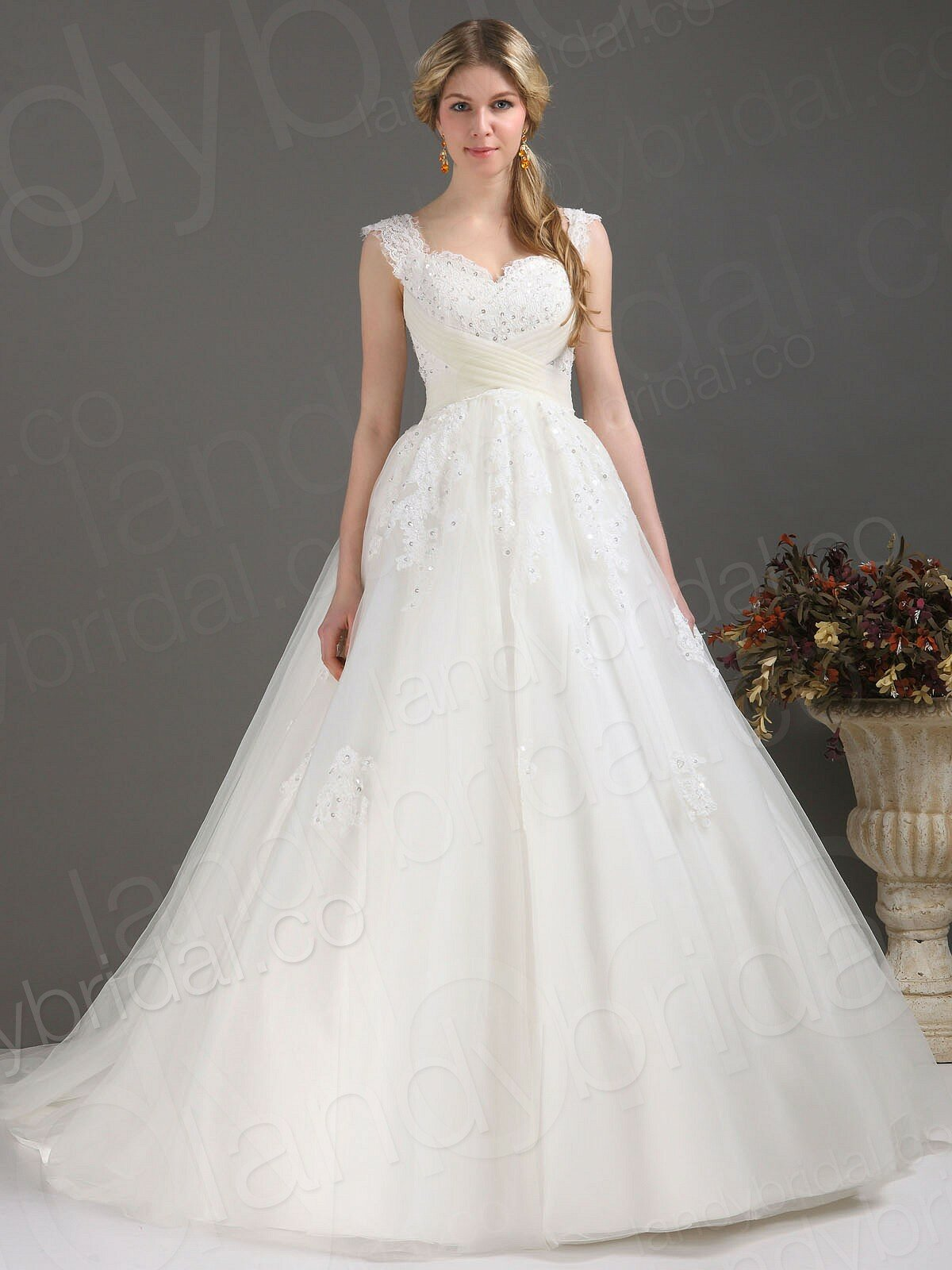 A line wedding dresses with straps: Pictures ideas, Guide to ...