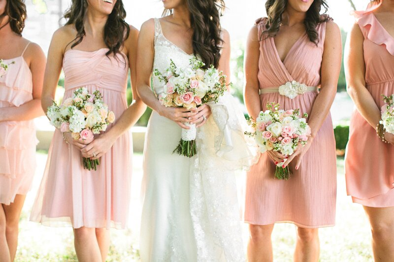 Best shapewear for wedding dresses: Pictures ideas, Guide to buying ...