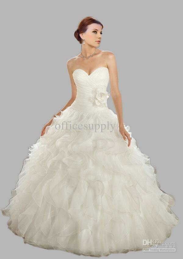 Big poofy wedding dresses pictures ideas guide to buying for Big white wedding dresses