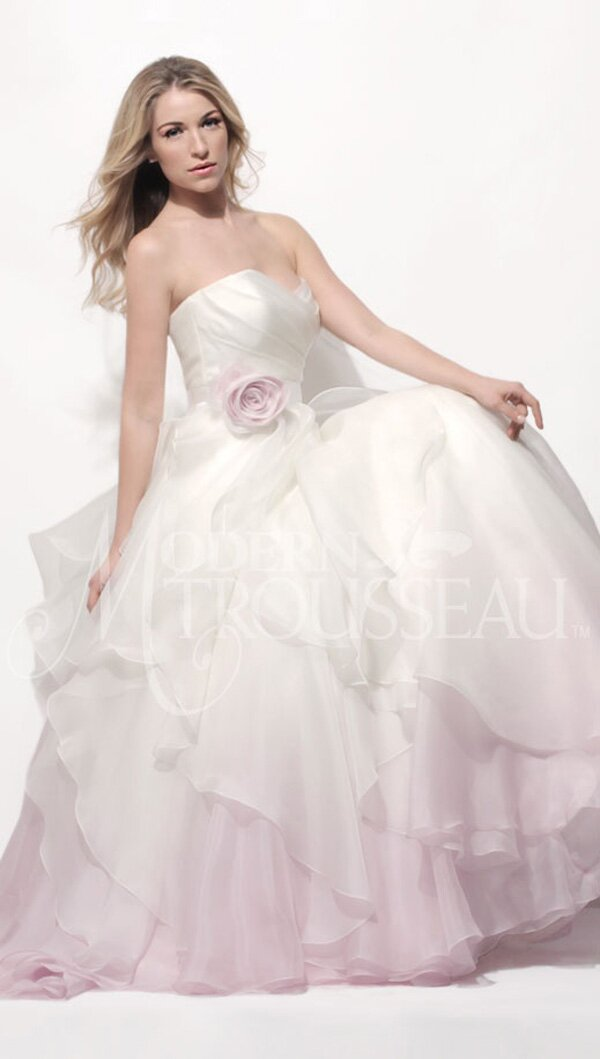Blush wedding dresses Photo - 10