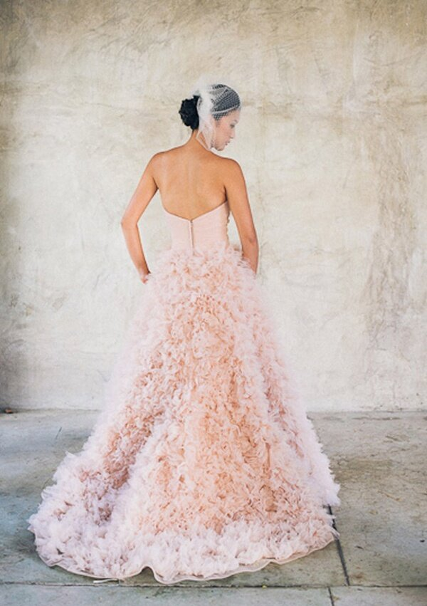 Blush wedding dresses Photo - 3
