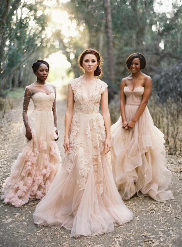 Blush wedding dresses Photo - 6