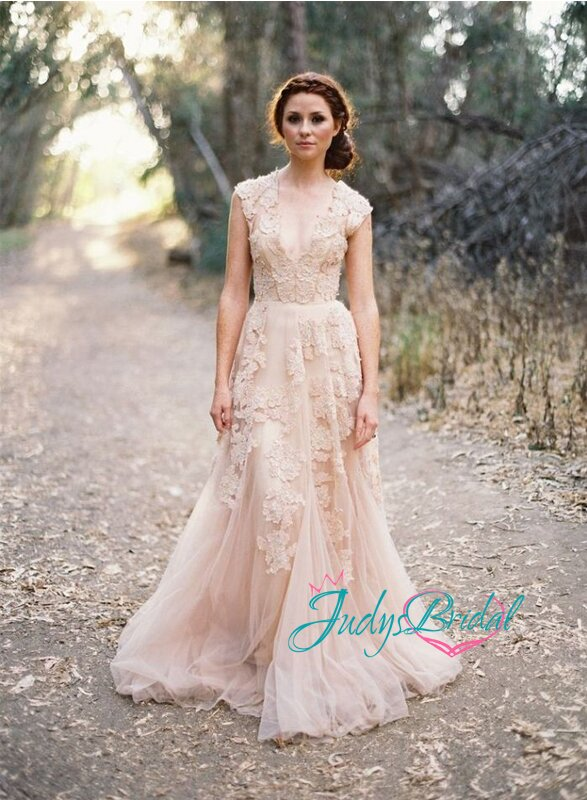 Blush wedding dresses Photo - 7