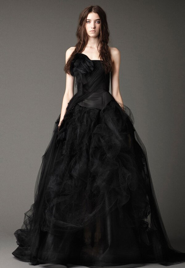 Dark wedding dresses: Pictures ideas, Guide to buying — Stylish ...