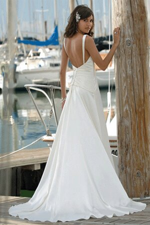 designing a wedding dress online