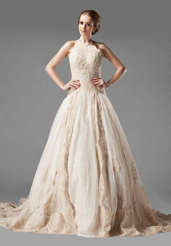 Elegant dresses for weddings: Pictures ideas, Guide to buying ...
