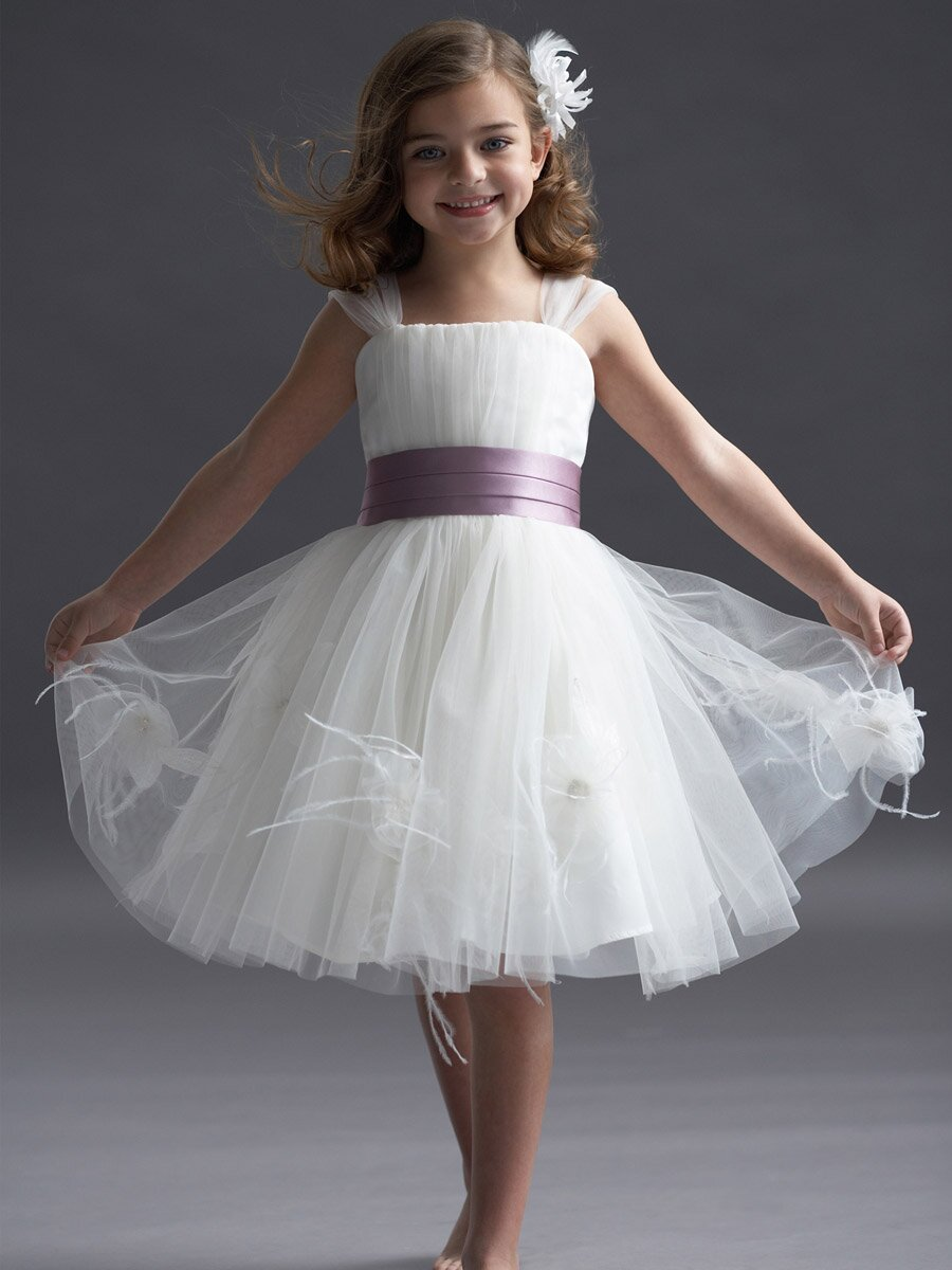 Flower girl dresses for wedding pictures ideas guide to buying flower girl dresses for wedding pictures ideas guide to buying stylish wedding dresses mightylinksfo
