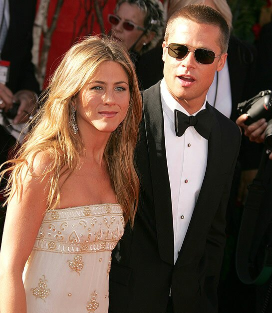 Jennifer Aniston weddi...