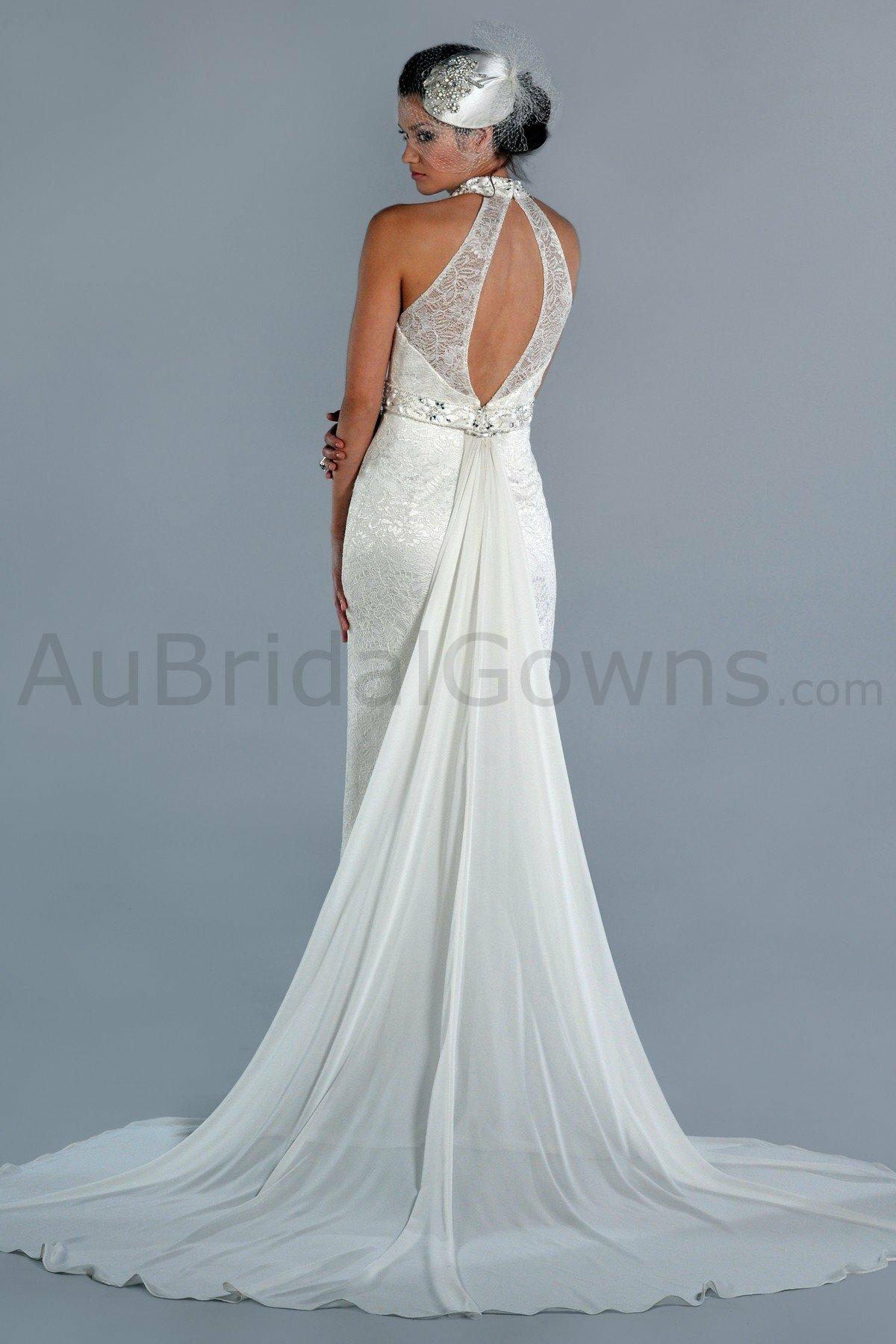 Lace wedding dresses with keyhole back pictures ideas for Wedding dresses with keyhole back