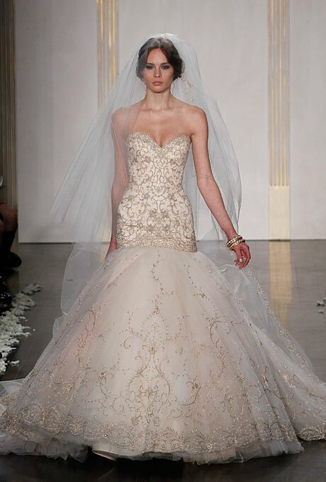 Lazaro Blush wedding dresses Photo - 10
