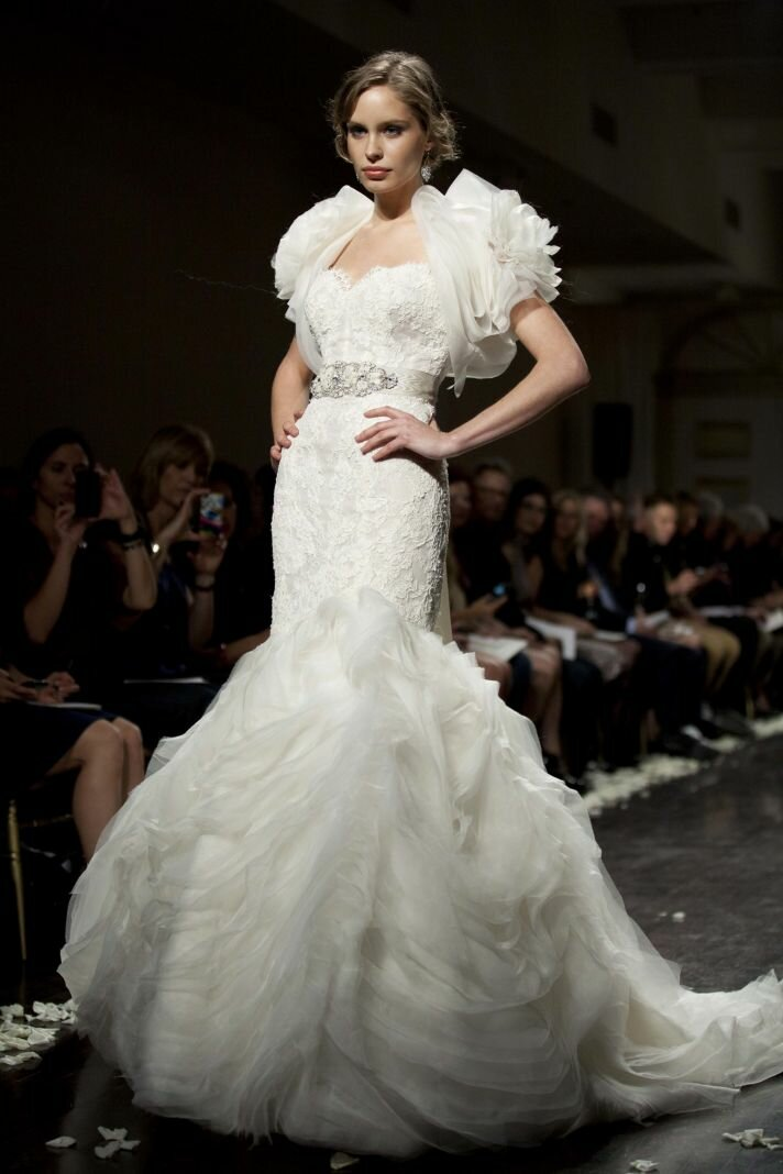 Lazaro Mermaid wedding dresses: Pictures ideas, Guide to buying ...