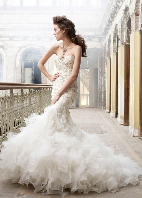 Lazaro Trumpet wedding dresses Photo - 1