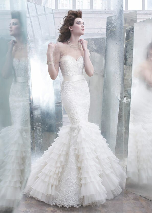Lazaro Trumpet wedding dresses Photo - 3