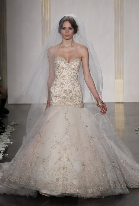 Lazaro Trumpet wedding dresses Photo - 8