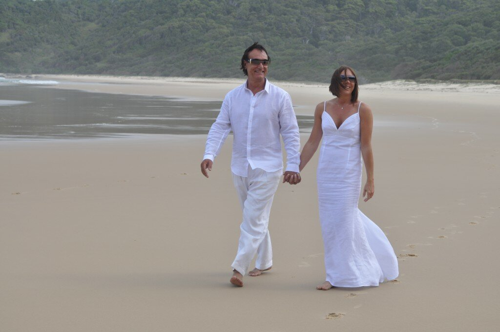 Linen Dresses For Weddings On The Beach Photo 1