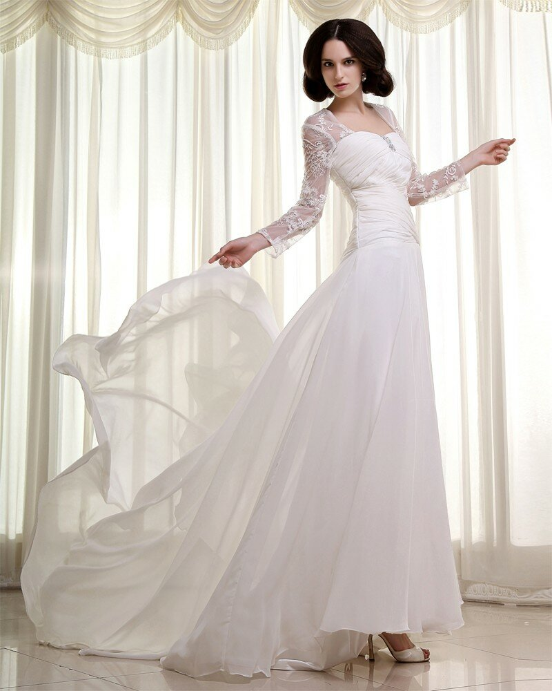 List of wedding dresses designers pictures ideas guide for When to buy wedding dress
