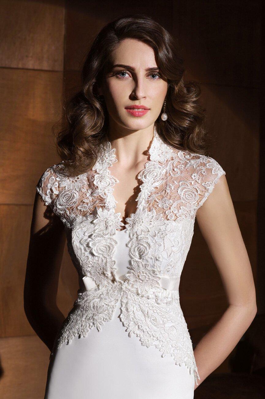 Most Expensive Wedding Dresses Designers 90
