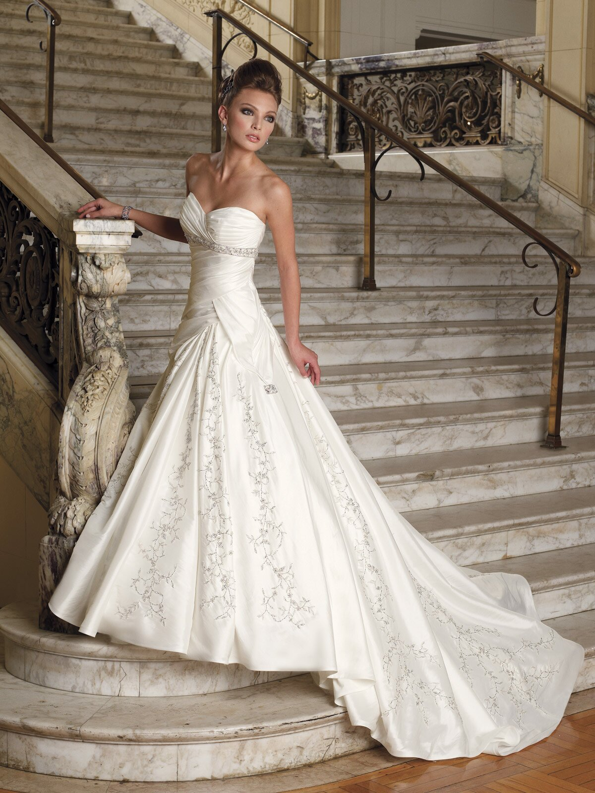 Most Popular Wedding Dresses Pictures Ideas Guide To Buying