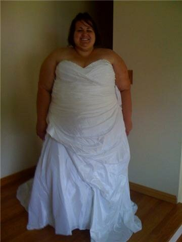 Plus size undergarments for wedding dresses: Pictures ideas, Guide ...