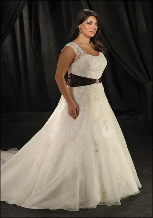 Plus size vintage wedding dresses: Pictures ideas, Guide to buying ...