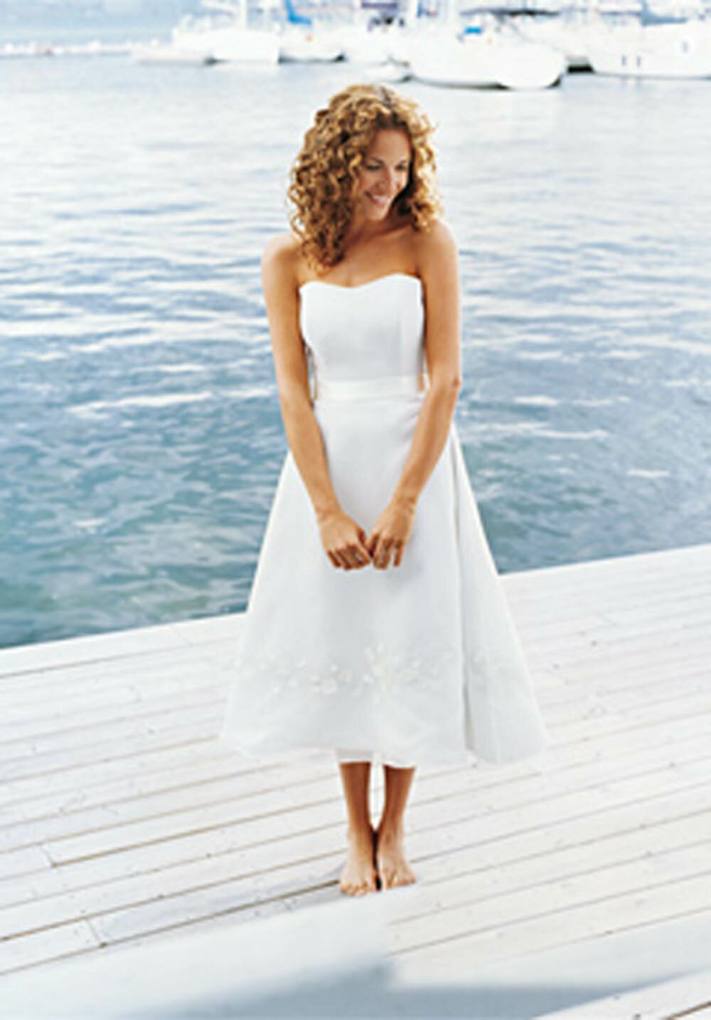 White short casual beach wedding dresses fashion dresses for Short wedding dress for beach