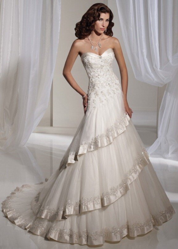 Silver and white wedding dresses: Pictures ideas, Guide to buying ...