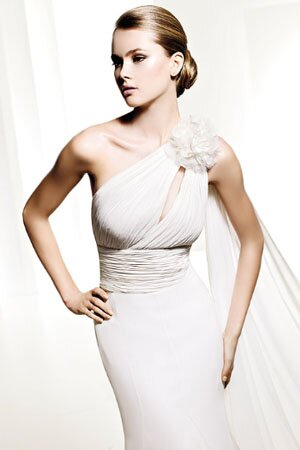 change your style look for something new for yourselves spanish wedding dresses designer