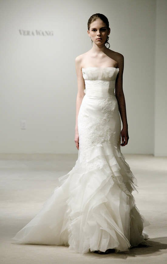 Vera Wang Lace Wedding Dresses Vera Wang lace wedding...