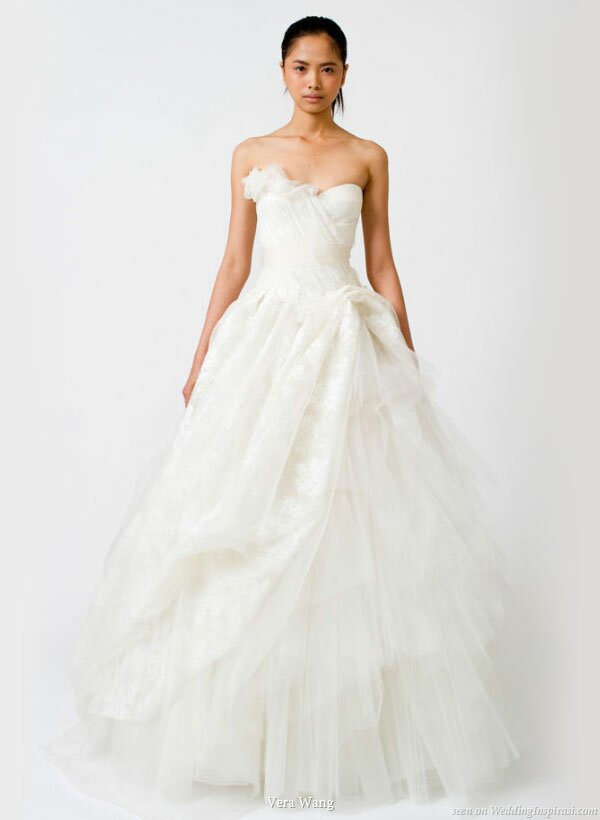 Vera Wang princess wedding dresses: Pictures ideas, Guide to buying ...
