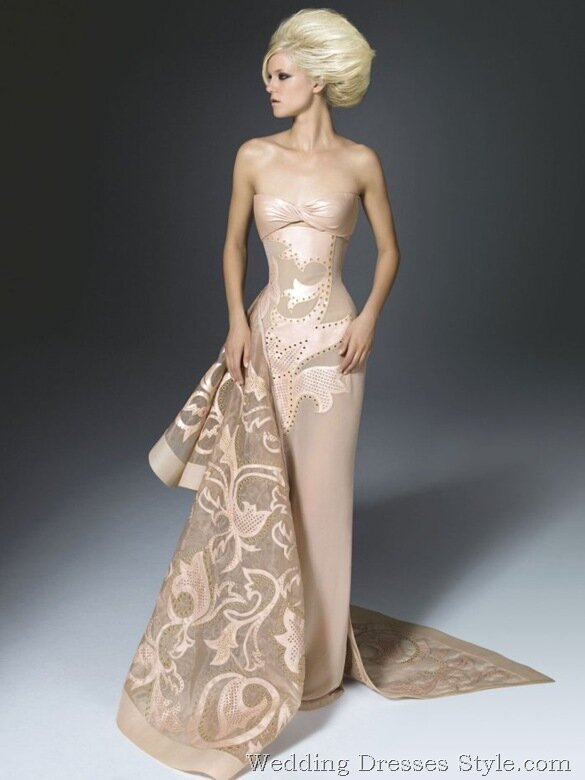 Versace wedding dresses: Pictures ideas, Guide to buying — Stylish ...