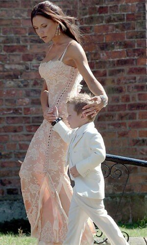 Victoria Beckham wedding dresses Photo - 9