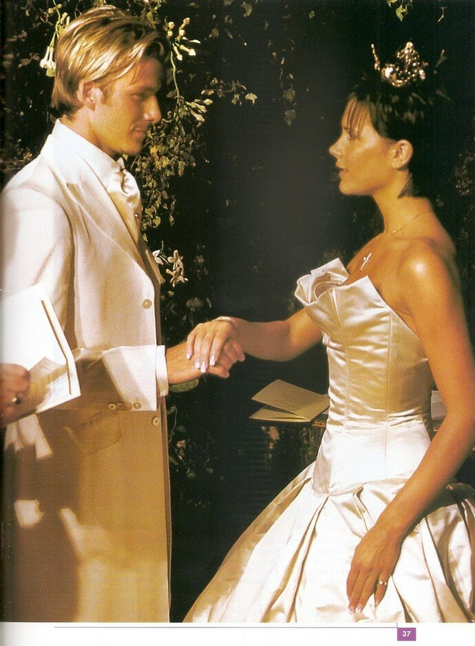 Victoria Beckham wedding dresses Photo - 2