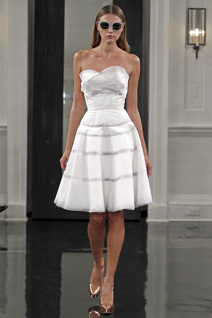 Victoria Beckham wedding dresses: Pictures ideas, Guide to buying ...