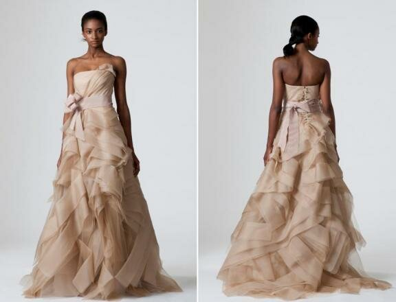 Vintage Vera Wang wedding dresses: Pictures ideas, Guide to buying ...