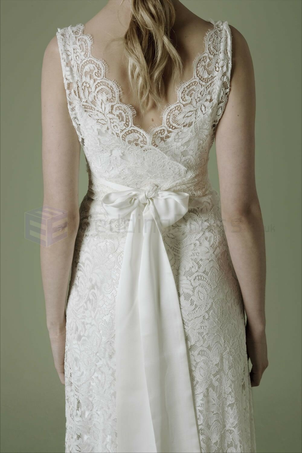 Vintage inspired short wedding dresses pictures ideas for Short wedding dresses uk